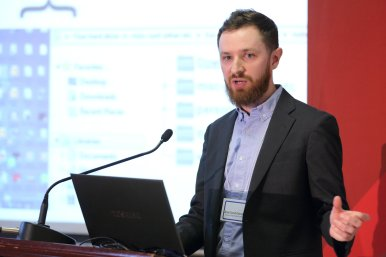 Jesse David Dinneen, a 2013/14 McGill Tomlinson Scholar, presenting at the 2014 Tomlinson Talks. Photo credit: Owen Egan.