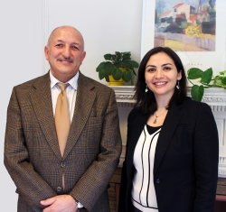 Nouf Khashman, PhD '14 (right), with supervisor Professor Jamshid Beheshti.
