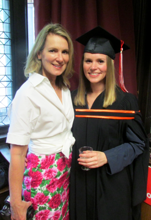 Graduate Mackenzie Clayton, MLIS'15 (right), with mother. Photo: McGill SIS www.mcgill.ca/sis
